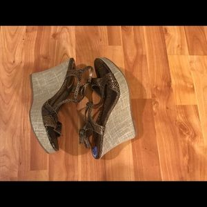 Shoes - NWT- snakeskin wedge sandals